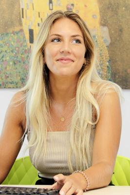Kim-Executive - Lucie Gibassier